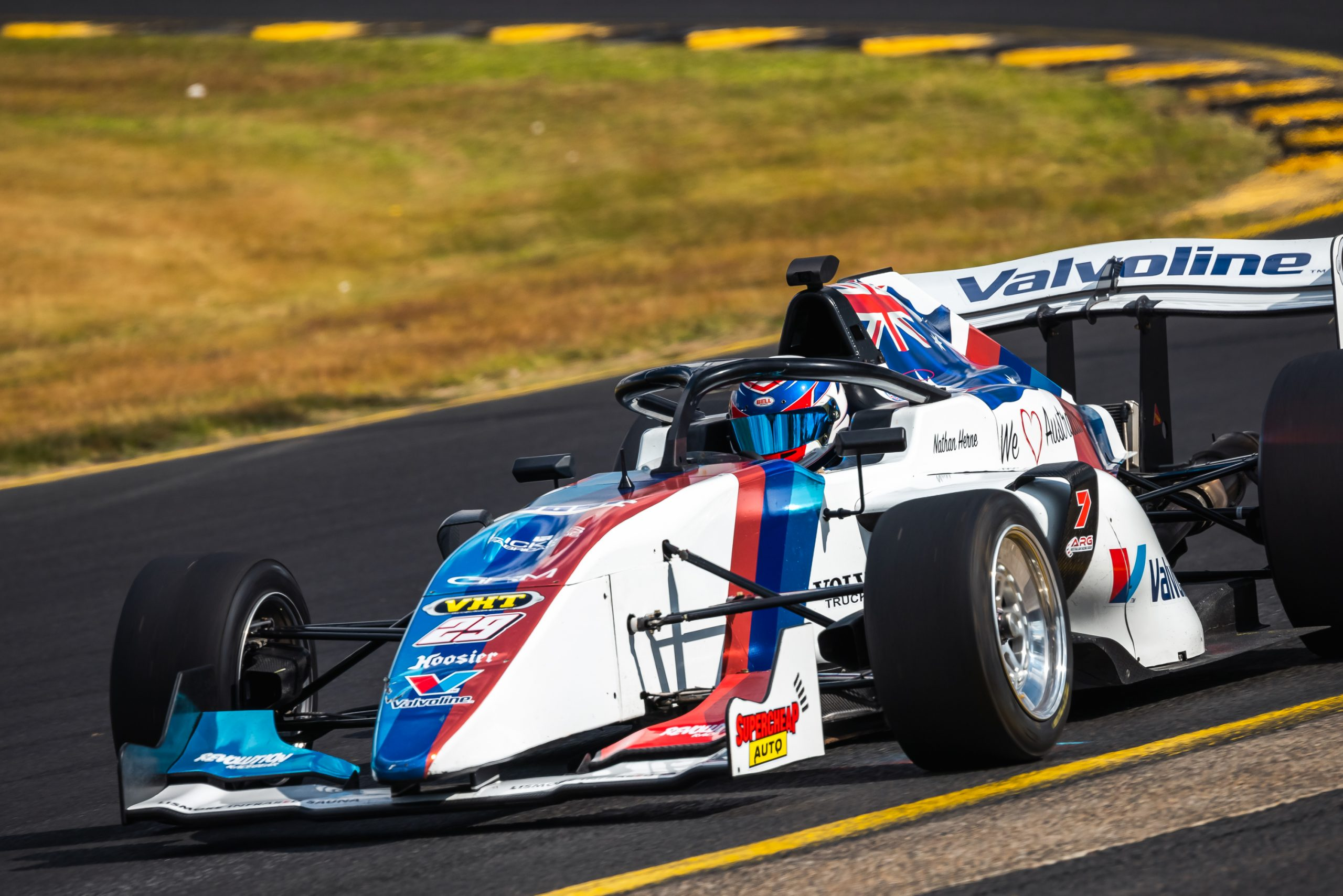 S5000 Tech Talk brought to you by Valvoline – Tyres