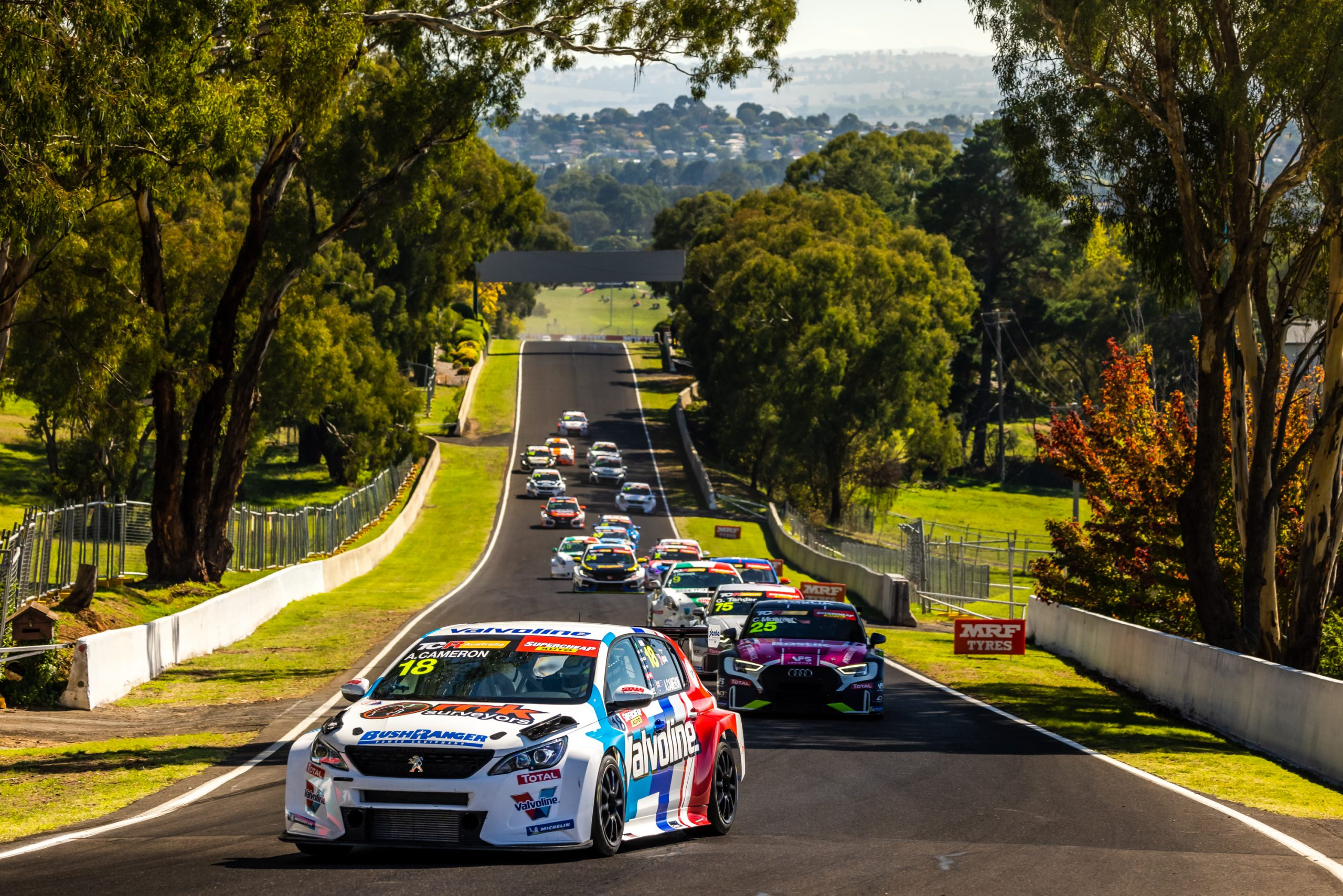 Super Saturday at the Bathurst 6 Hour