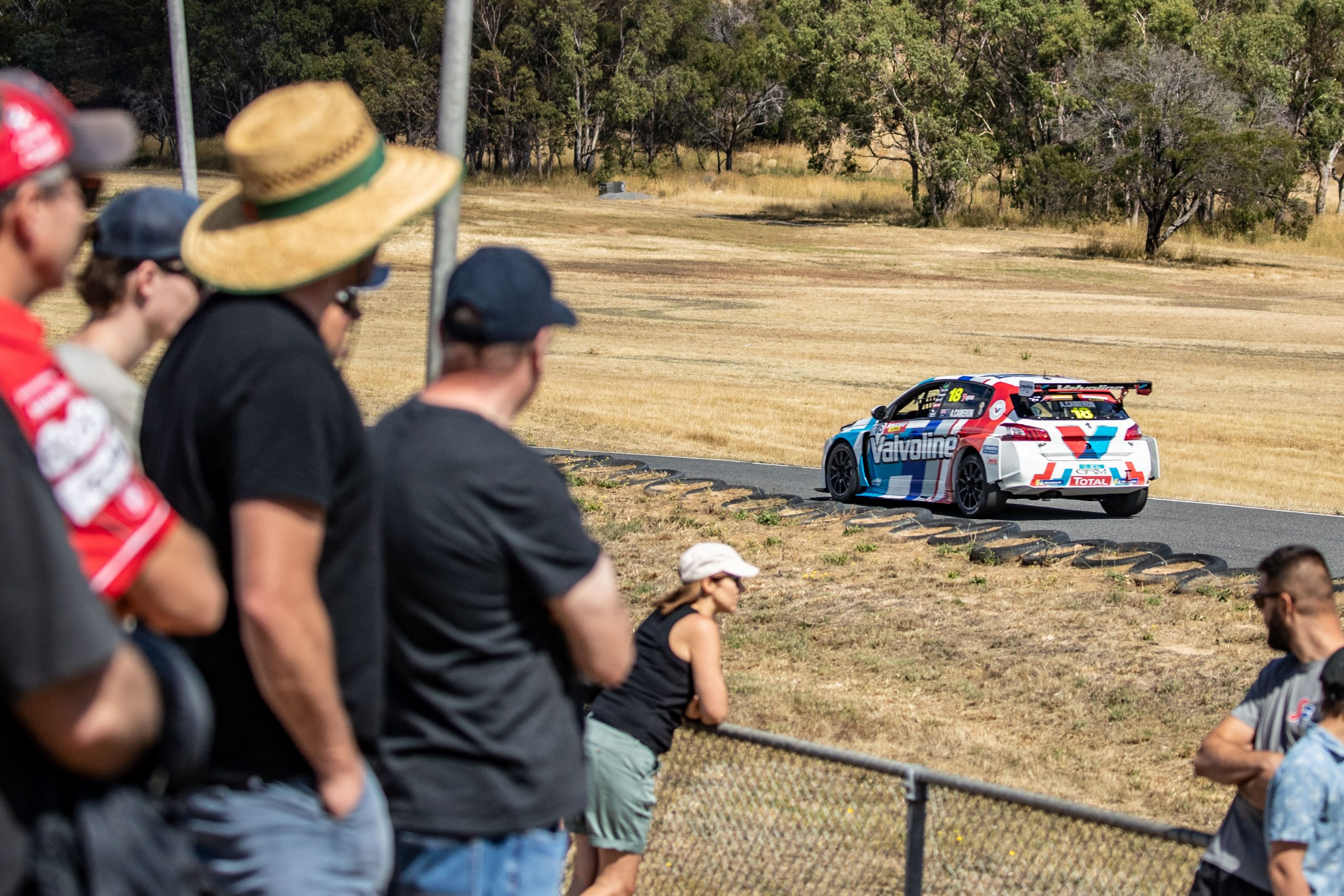 AARON CAMERON CLAIMS TWO SUNDAY WINS AT BASKERVILLE TCR INVITAIONAL