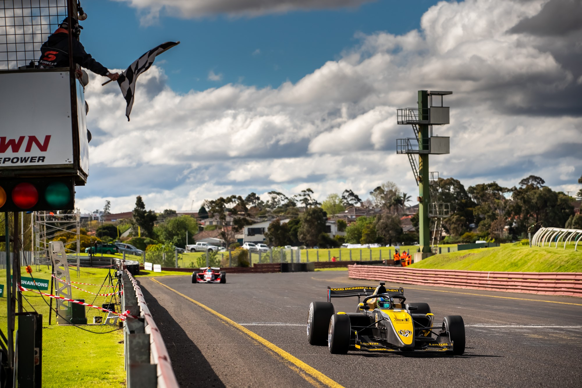 Double podium day for GRM at Sandown
